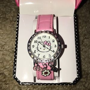 Hello Kitty quartz watch with charms